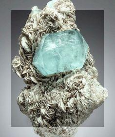 N E U R O M Æ N C E R #stone #art