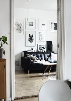 image #white #prints #interiors #wall #decoration