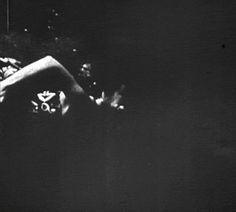 tumblr_lgi45k53lQ1qzibe2o1_500.gif (500×450) #underwater