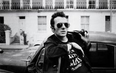 Joe Strummer 1985 photo by Josh Cheuse #white #photo #clash #strummer #black #the #photography #and #cool