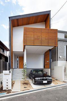 House / layout using solid wooden materials (Toyonaka City, Osaka)