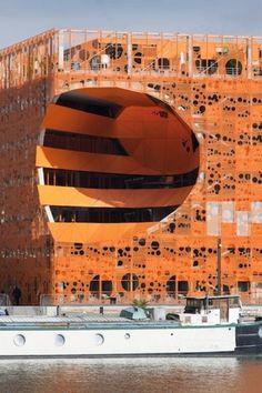 Le Cube Orange par Jakob + Macfarlane | Muuuz - Webzine Architecture & Design #design #architecture #jacob macfarlane