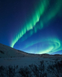 Spectacular Norway Northern Lights: Moody Landscapes by Chris Robin Sivertsen