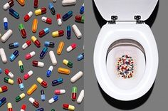 tumblr_lsytd8WAD71qz6f9yo1_500.jpg 499×330 pixels #pills #toilet #ph #james #photography #art #day