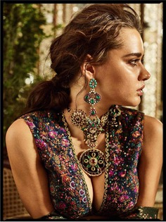 All About The Unique Sabyasachi Gem Jewelry: Heritage Jewelry