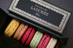 SQUA.RE » Blog Archive » Discovering the Origin of the Macaroon