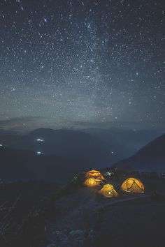 Nepal night star by: Alexander Forik
