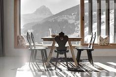 Wohnhaus Pliscia 13 - Beautiful Architecture House on the Hill by Padevilla Architects #architecture #winter #mountains #hill #minimal inter
