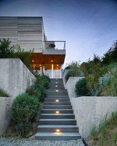 Mako House in Amagansett, NY / Stelle Lomont Rouhani Architects