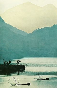 Dawns misty light on Sun Moon Lake, TaiwanNational Geographic | January 1969 #dawn #geographic #landscape #phorography #national #taiwan