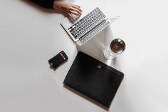Aecraft Macbook Sleeve by Carmen van Brabant #modern #design #minimalism #minimal #leibal #minimalist