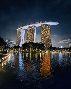 Striking Urban Landscapes and Architecture Photography by Tim Wah