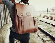 Candeeiros Backpack #cool gadget #gadget #gadget flow #gift ideas #tech