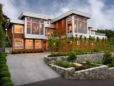 Hillcrest House by Victoria Design Group (1) #architecture