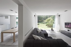 Keerbergen House by minus