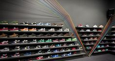 Polish Sneaker Store – Run Colors #interior #design
