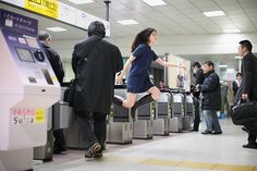 Tokyo Girl Documents Her Adventures in Levitation #girl #travel #tokyo #photographer #levitation