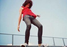 Tamara Lichtenstein | Megamagro #red #rock #balance