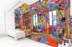 TILT AVP003_906 565x376 #graffiti #hotel #cozy