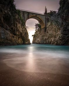 Incredibe #bridge in Fiordo Di Furore...