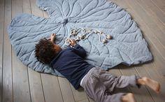 VIVIDGREY I Leaf Rugs #rug #blanket #leaf
