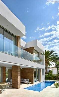 Modern Single-Family Villa with an Astonishing Sea View to the Mediterranean Sea 2