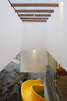 Lapa House in Lima by Martin Dulanto Arquitecto 6