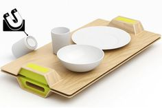 The Magic Magnetic Tray is more than a dream come true for those who keep spilling food and drinks on their tray. #modern #design #product #magnetic #industrial #tray #style