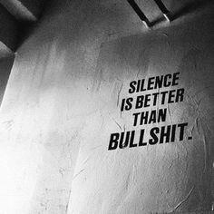 Silence #uran #art #street