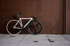 FFFFOUND! #hed3 #bikes #fixed #gear #bianchi