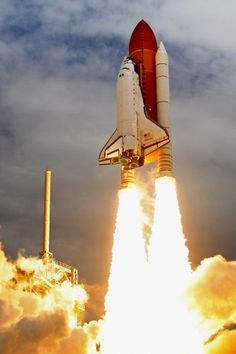 Space shuttle era ends with Atlantis - The Big Picture - Boston.com