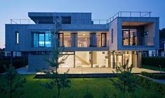 Level80: Pixel House