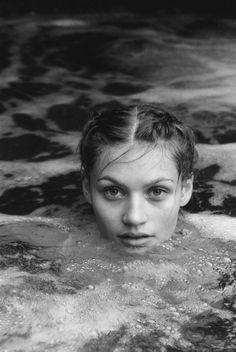 Les Belles Croix #photography #woman