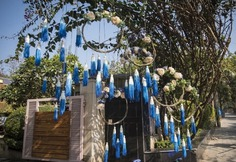 royal blue wedding décor