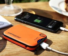 Pebble Verto Portable Battery Pack #tech #flow #gadget #gift #ideas #cool