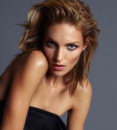 Anja Rubik #model #girl #campaign #photography #portrait #fashion #editorial #beauty