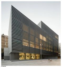 Architecture Photography: Social Security Administration Building In Barcelona / BCQ Arquitectura - Social Security Administration Building