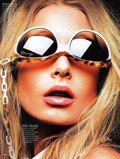 Hana Soukupova for Elle Italia April 2011 by Alexei Hay #alexei #italia #sunglasses #elle #soukupova #hay #hana