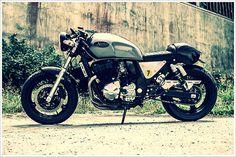 Suzuki GSX 750 Cafe racer #motorbike #gsx #750 #racer #cafe #suzuki #motorcycle