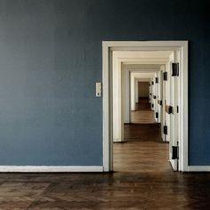 4546347940_b4ef405ef8_z.jpg (640×640) #door #photography #architecture