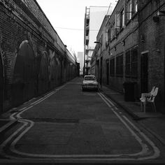 http://www.flickr.com/photos/wallb/ #london #white #black #and