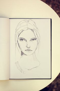 _DSC4125small #women #drawing #faces