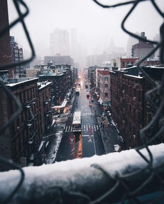 Magnificent Street Photos of New York City by Ashraf Hamideh