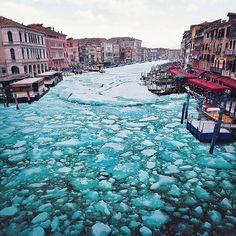 frozenvenice04 #frozen #venice #photography #canal #italy