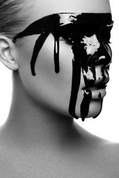 LE CONTAINER #face #blackkake
