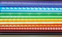 63902f0275283547d57689773a9dbcdb.jpeg 600 × 359 Pixel #binding #colorful #pattern #brochure