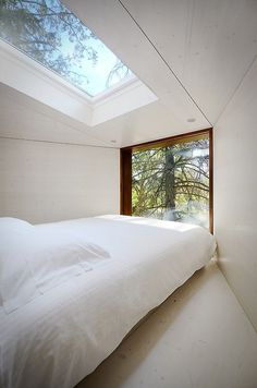 CJWHO ™ (Tree Snake House Bedroom by Luís Rebelo de Andrade...) #white #design #interiors #bedroom #treehouse #architecture