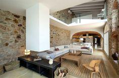 Modern Addition to Historic House by Gloria Duran - InteriorZine