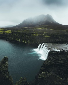 The Mind Blowing Beauty of Iceland by Niklas Söderlund