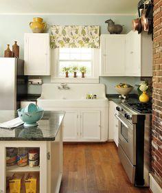 Kitchen, parquet, pensili, piano di lavoro